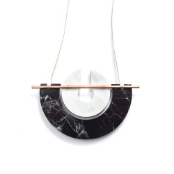 marble_neckpiece